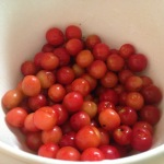 A bowl full of cherries